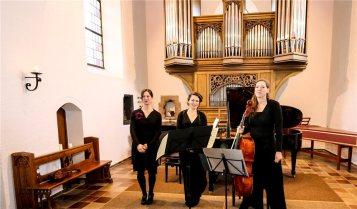 Das-trio-21-praesentierte-das-Programm-voller-Lebensfreude-407200
